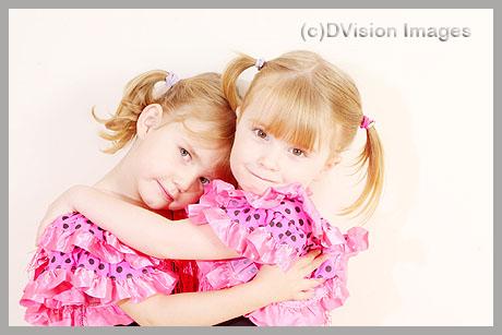 Isabel & Alice