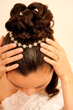 BRIDAL DIAMOND HAIRPIECE