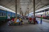 Train Yangon 254A0879 E