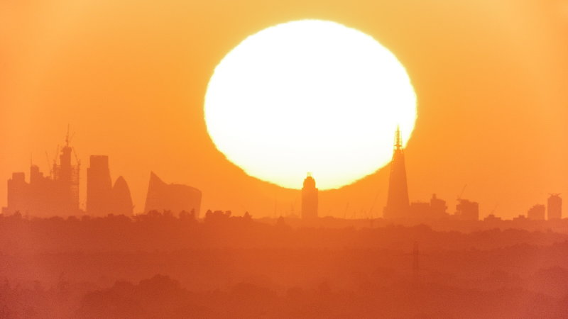 London 22 June sunrise