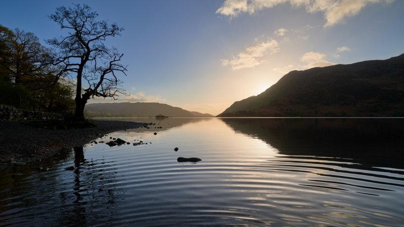 Dawn ripples