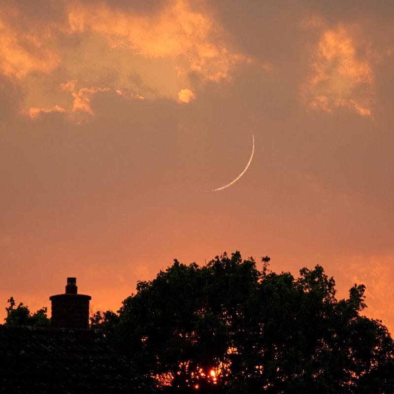 Very Crescent !