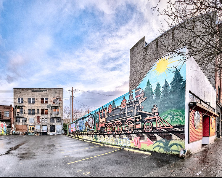 Railroad Ave. Mural