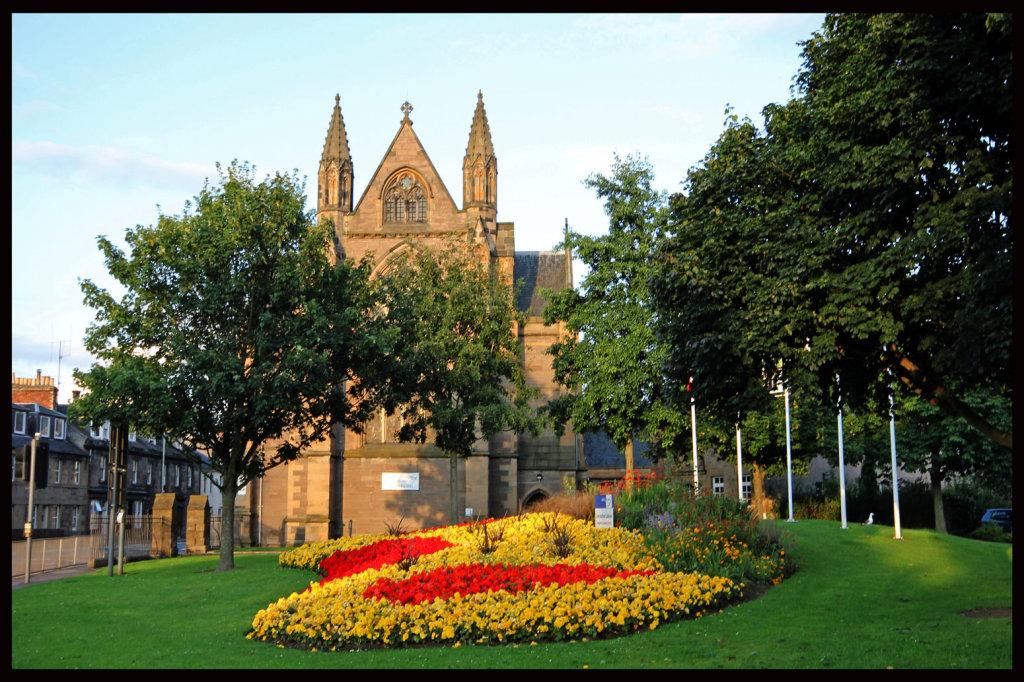 St Ninian Cathedral Perth