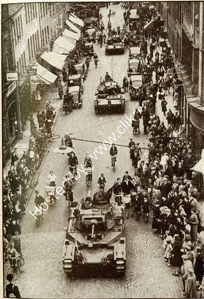Parade of Tanks down Perth High Street