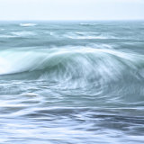 BREAKING WAVE HEBRIDES