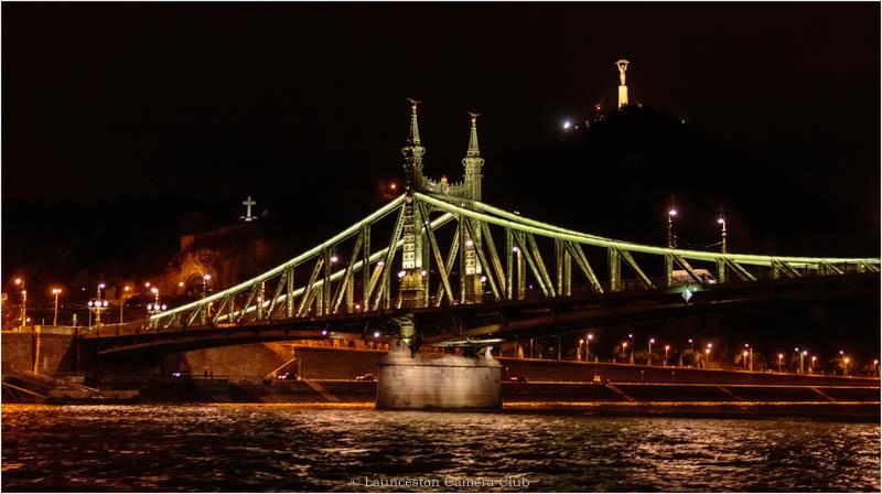 27 Iron Bridge (Szabads+íg) Hugh Letheren