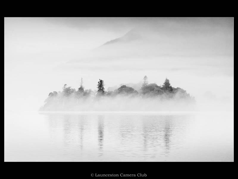 P149-Breaking Out The Mist-Heather Bodle-Launceston CC