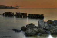Trabucco e roccie all'alba (Puglia)
