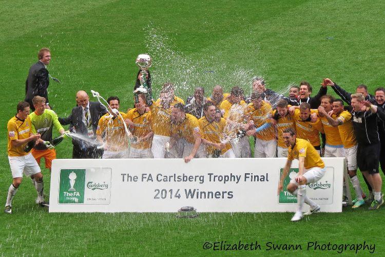 Cambridge United - winning celebrations