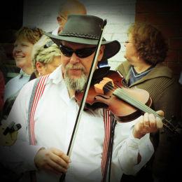 Music at Ely Folk Festival