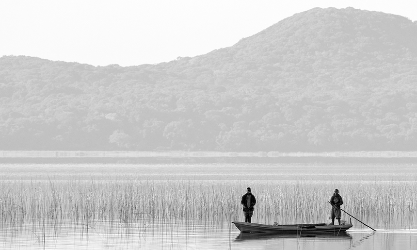 Fishing in the lakes of the reserve is an semi-illegal activity that parties are trying to curb by offering alternative livelihoods.
