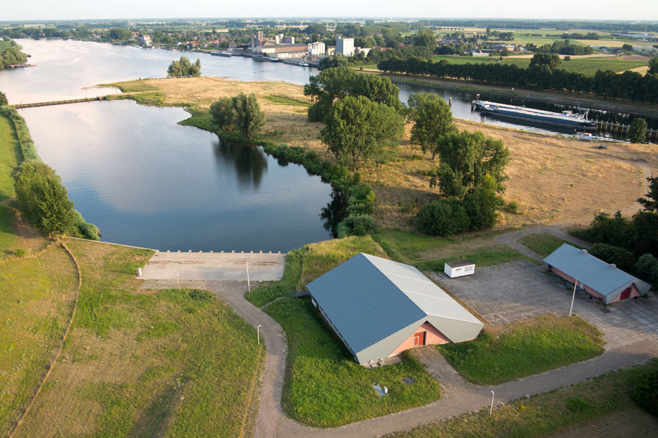 The source of Dunea its water: de afgedamde Maas. Drone with Canon PowerShot G1 X, 1/160, f/3.5, iso 100.