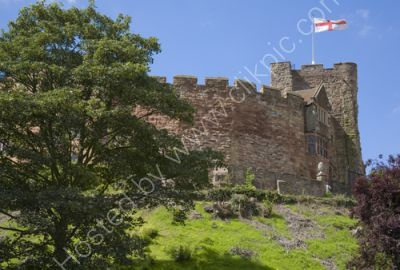 Tamworth Castle and flag of St. George