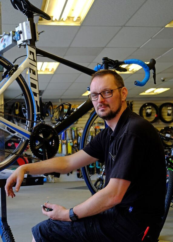 Tom, Cycle King