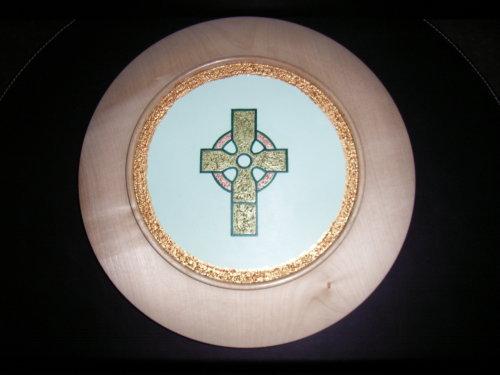 Celtic Cross : Sycamore : 15 inch diameter :  Ref 431