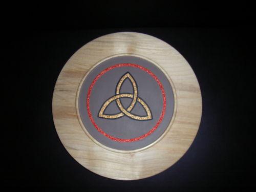 Celtic Trinity Knot : Sycamore : 10 inch diameter : Ref : 356