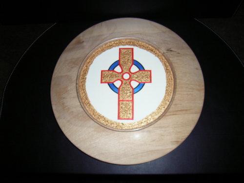 Celtic Cross : Sycamore : 16 inch diameter : Ref 432