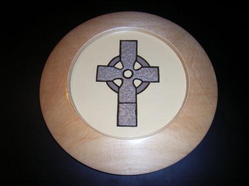 Celtic Cross : Maple : 11 inch diameter : Ref : 227