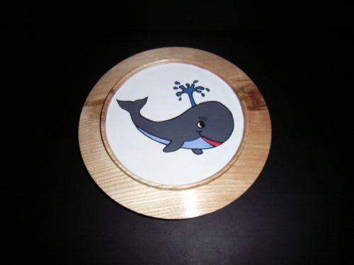 Whale : Ash : 7 inch diameter : Ref:426