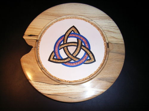 Celtic Eternity Knot : Spalted Beech : 10 inch diameter : Ref 397