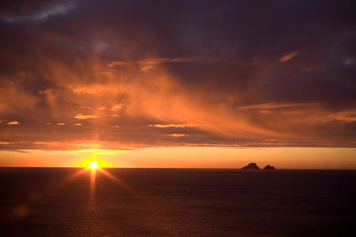 Sunset over Skelligs in St. Finian´s Bay