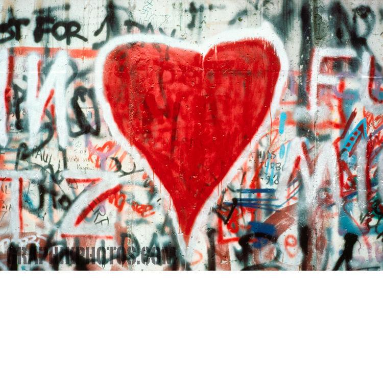 Heart, Berlin wall