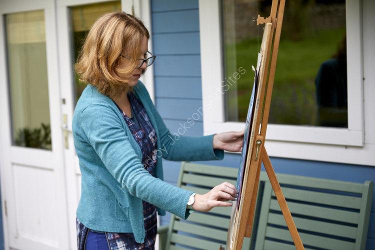 Artist Fiona