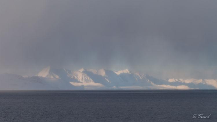 Johansenfjellet, Dødsfjellet, Geikiebreane.