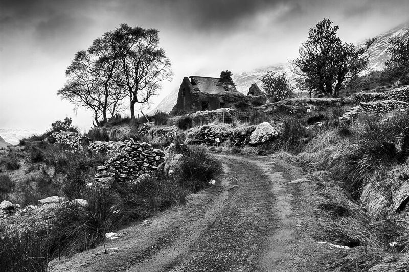 Dromluska Cottage Mono
