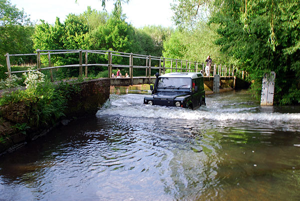 New Mill Ford, Lower Common