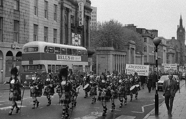 Common Market march 1975 referendum. Union Street, Aberdeen.