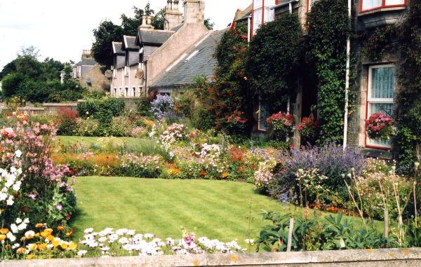 Gardens in Mintlaw