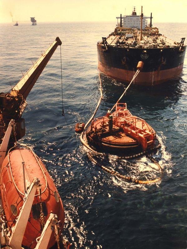 Tanker mooring in the Indian Ocean