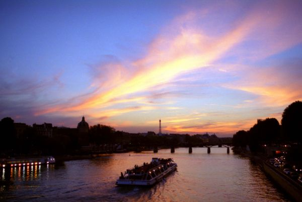 Sunset over Seine
