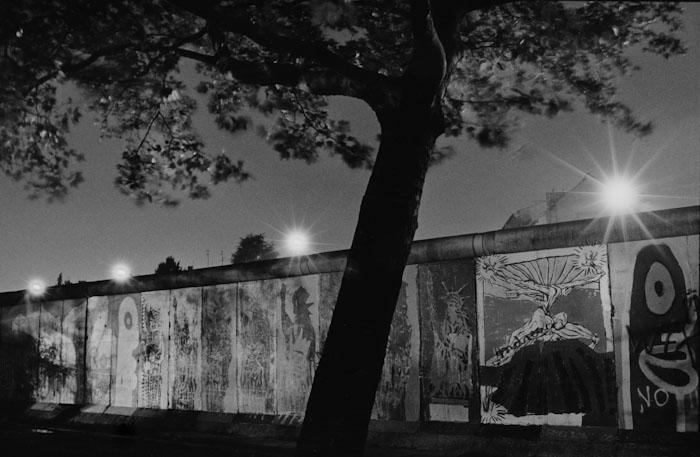 East Berlin Spotlights, 1986