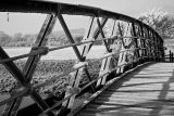 Bridge nr the Priory, Upper Beeding, West Sussex in frost bw