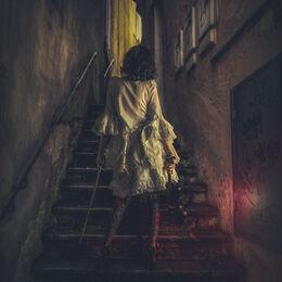 Girl-in-Lane-Lourdes-moody-1