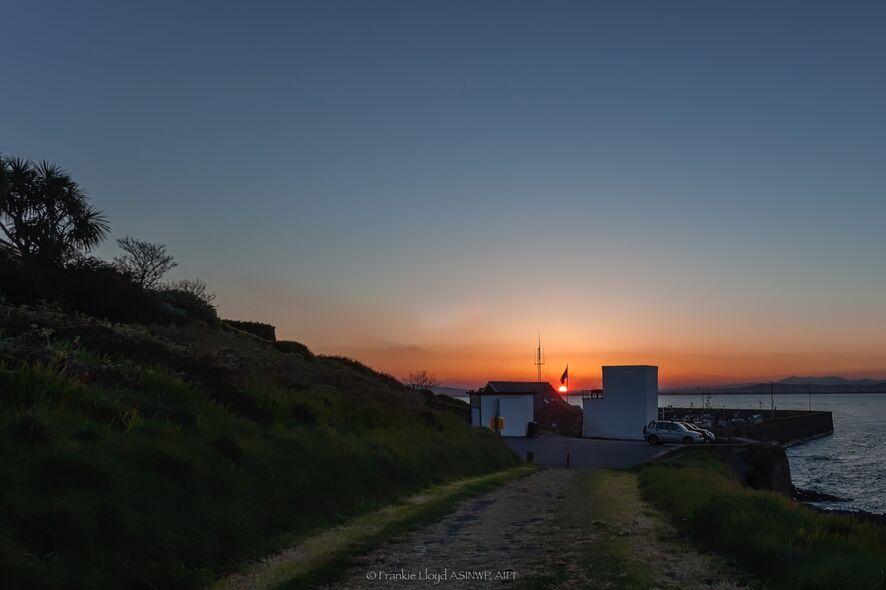 Helvic-sunset-towards-town