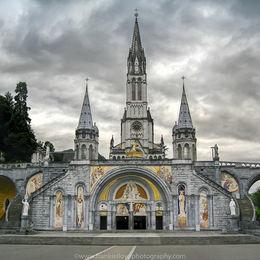 Lourdes-Basilica-Mass-card-12x10