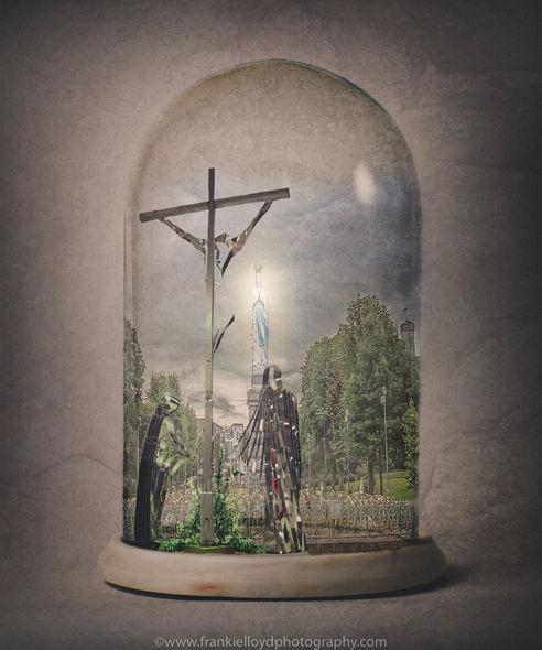 Lourdes-Bell-Jar-Image
