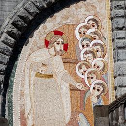 Lourdes-Steps-1