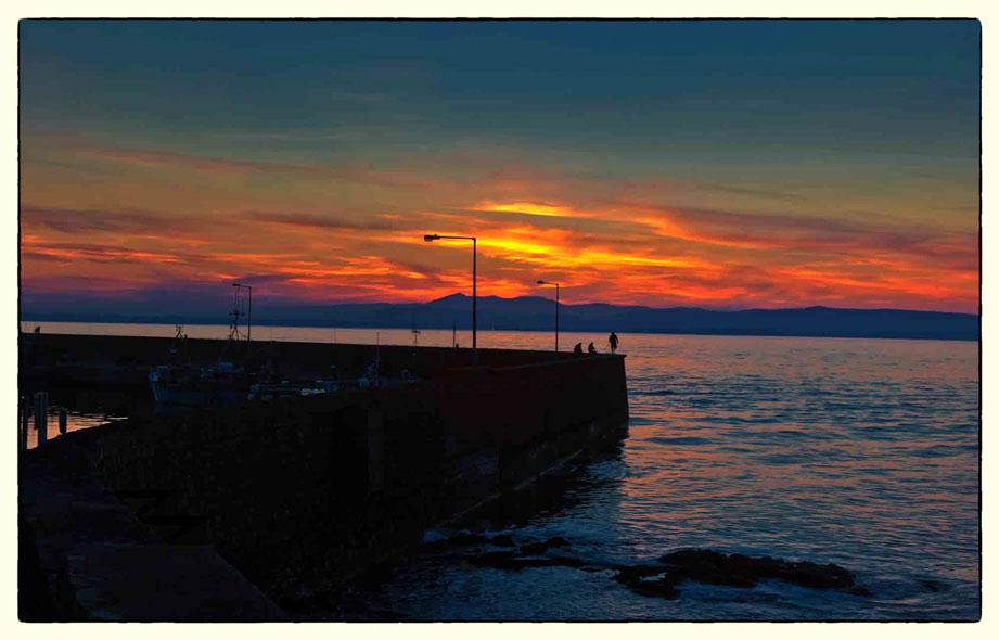 Pier-&-Red-Sky