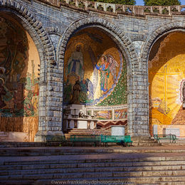 St.-Bernadettes-Altar-16x12-Mass-cards