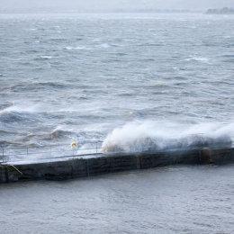 Storm-on-Helvic-Pier-1