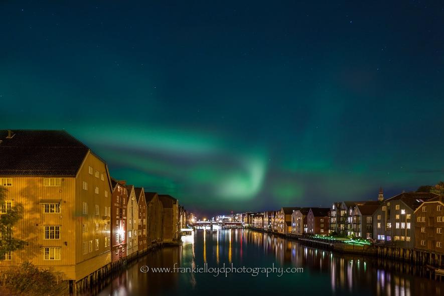 Trondheim-Bridge-Northern-Lights