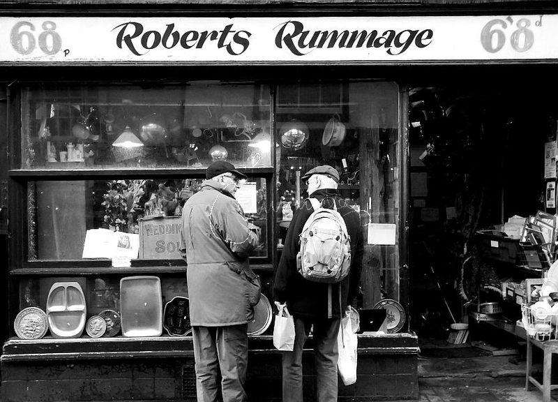 roberts rummage