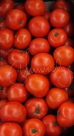 areopolis market tomatoes