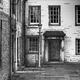 Tweeddale House from the Royal Mile
