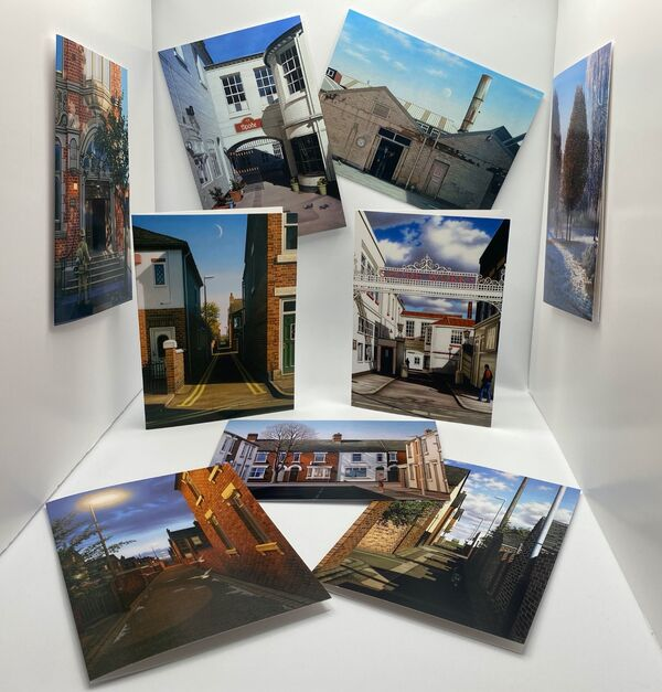 Set of 8 Stoke-on-Trent Greetings Cards in gift bag